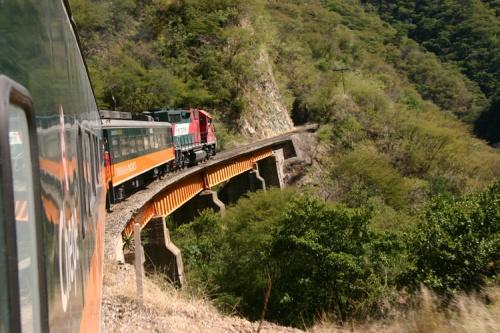 Resultado de imagem para trem da Chihuahua al Pacifico