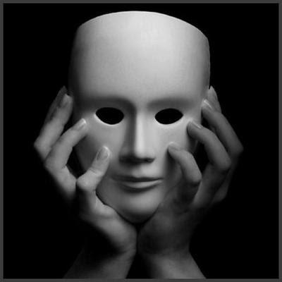 Resultado de imagem para Sempre notei que as pessoas falsas são sóbrias, e a grande moderação à mesa geralmente anuncia costumes dissimulados e almas duplas.
