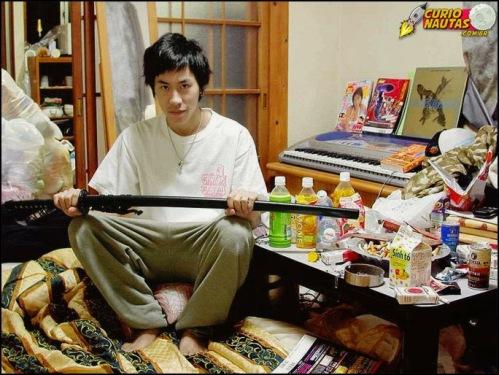 Resultado de imagem para hikikomori